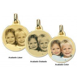 Photo engraving on round gold plate