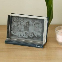 Custom optical glass with 2D or 3D engraved photo
