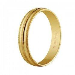 Aro de matrimonio en oro de 18 kilates estriado