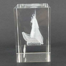Virgen de la Barquera grabada en 3D en cristal óptico