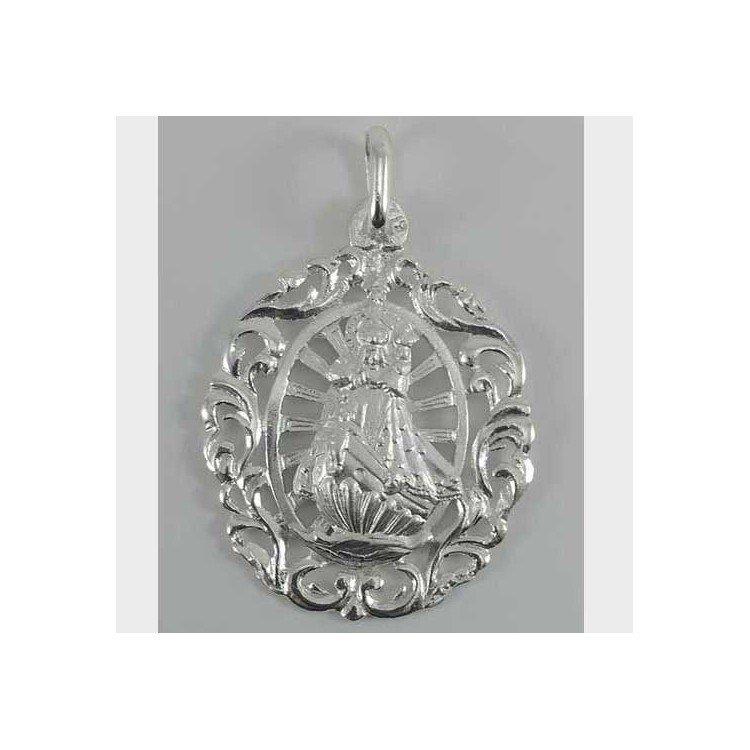 Medalla calada de la Virgen de la Barquera en plata 925