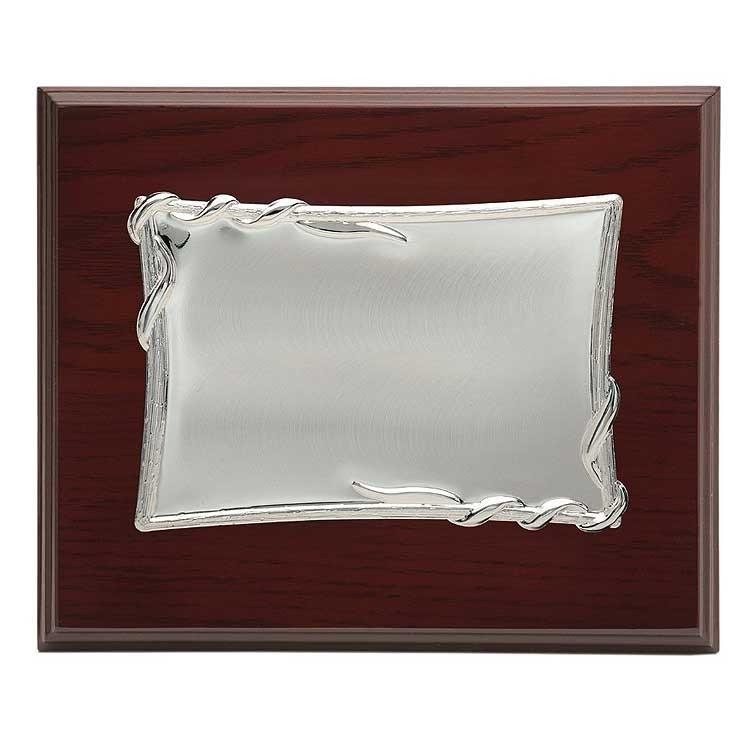 Placa homenaje de aluminio con los bordes en relieve