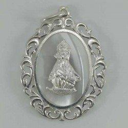 Medalla de Nuestr Señora de la Barquera en plata y nacar