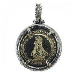 Colgante de la Virgen de la Barquera en oro y plata