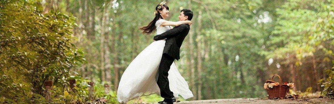 Idee regalo per matrimoni e anniversari: nozze d'oro e d'argento.