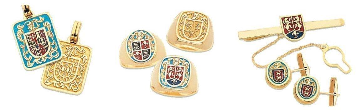 Joias com escudo heráldico do nome da família em ouro 18 quilates