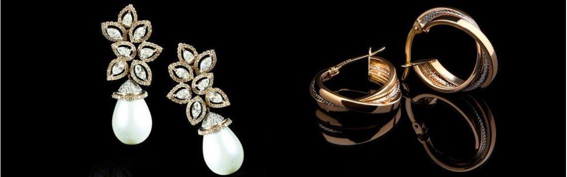 Orecchini in oro 18 carati per neonato, bambina o donna. Orecchini in oro rosa e bianco.